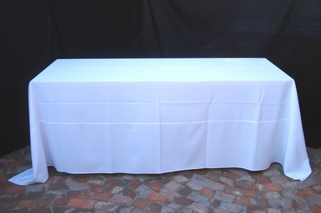White table cloth 3 2 x full lenght shown on 8 for 10 seater table cloth